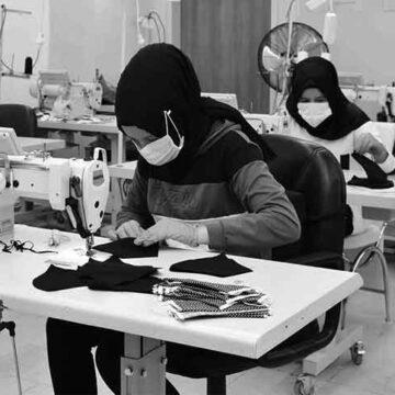 Denizli'de 13 okul 9 milyon liralık maske ve dezenfektan üretti