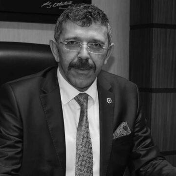 İYİ Partili Öztürk TBMM'ye taşıdı, AKP'li belediye işçilere ücretsiz izne ayrılma dilekçesi imzalatıyor