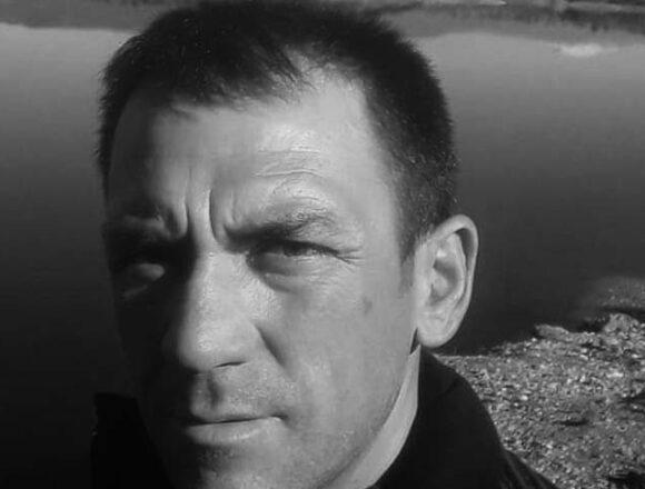 Denizli'de tarlada çalışan çiftçiyi pusu kurup vurdular