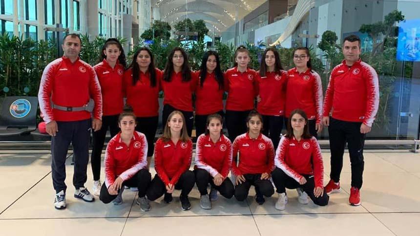 Büyükşehir milli sporcuları Hırvatistan'da