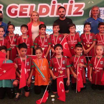 30 Ağustos Zafer Kupası futbol turnuvası sona erdi