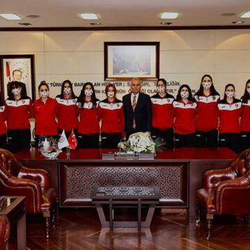 Büyükşehir Belediyespor Kadın Voleybol Takımı 2. Lig'de